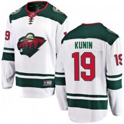 Luke Kunin Minnesota Wild Men's Fanatics Branded White Breakaway Away Jersey